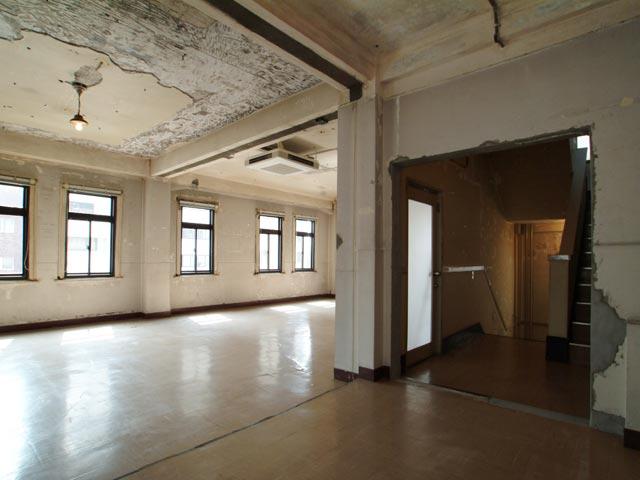 5│内装・インテリア│浅草の昭和初期の古いビル、撮影スタジオ 『lion Building(ライオンビル)』